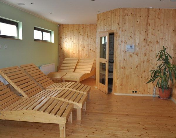 k dispozici je sauna